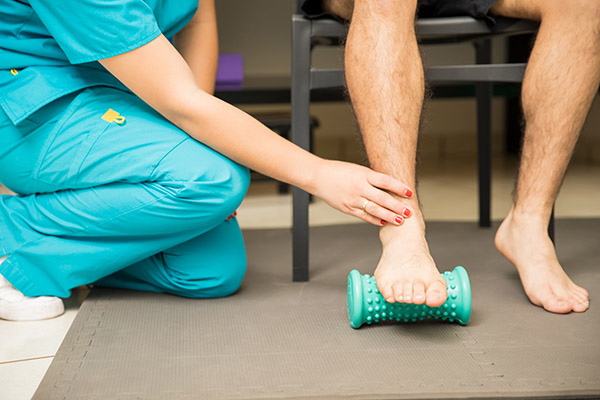 Conservative plantar fasciitis treatment with stretching